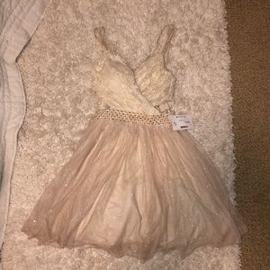 NWT Cream Sparkle Homecoming Dress